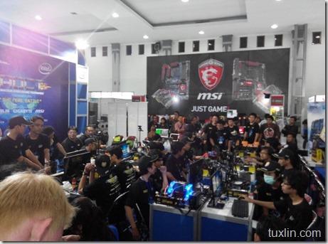 APKOM Year End Sale 2014 Jogja Tuxlin Blog_24