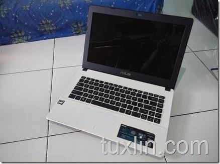 Asus X452EA-VX086D AMD E-2 3800 quad-core Tuxlin Blog04