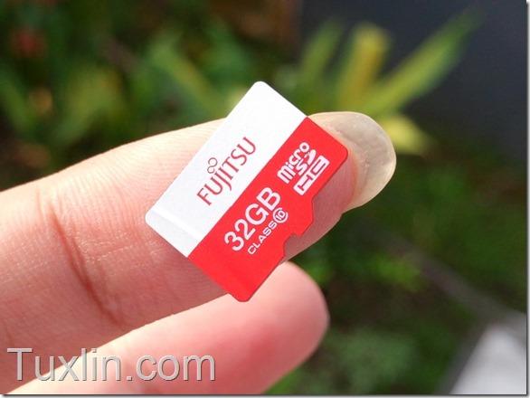 Fujitsu MicroSDHC 32GB