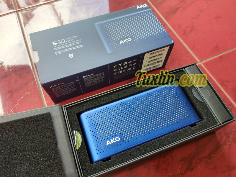 Review AKG S30 Bluetooth Speaker